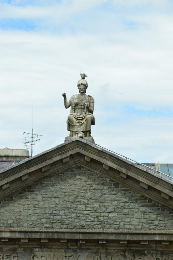 Lady justice, Caernarfon